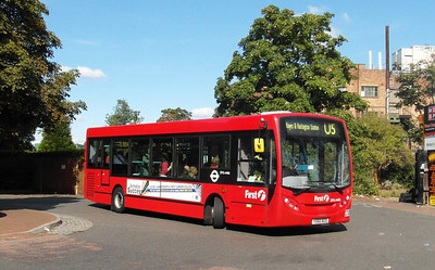 44166 - YX60BZO - West Drayton (railway station) - 22.9.12