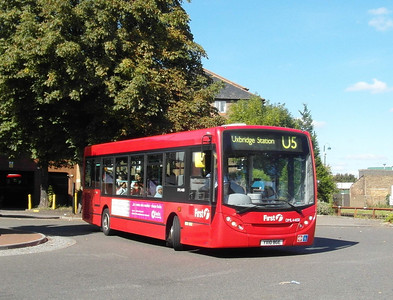 44158 - YX10BGE - West Drayton (railway station) - 22.9.12