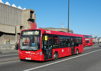 44251 - YX12AKU - London (Waterloo Bridge) - 2.4.13