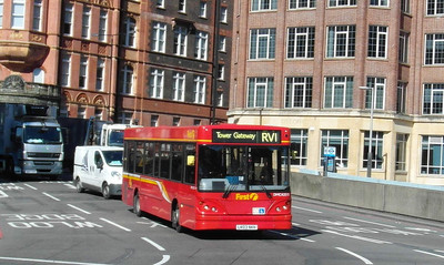 42515 - LK03NKH - London (Waterloo station) - 2.4.13