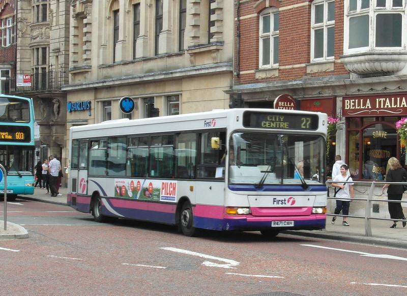43471 - R471CAH - Norwich (St. Stephen's St) - 30.7.12