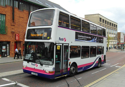 33246 - LT52WUX - Norwich (Red Lion St) - 30.7.12