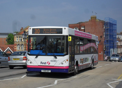 42351 - Y351AUY - Worcester (Bridge St) - 20.4.11