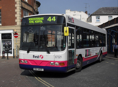 67321 - ODZ8921 - Worcester (Angel Place) - 20.4.11