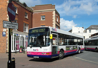 67321 - ODZ8921 - Worcester (Angel Place) - 28.8.12
