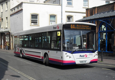 67654 - VX05LVU - Worcester (Angel Place) - 20.4.11