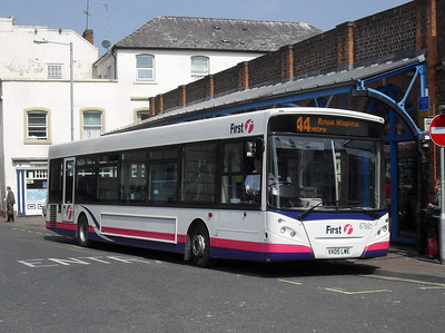 67661 - VX05LWE - Worcester (Angel Place) - 20.4.11