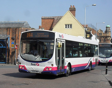 66987 - KX05MHV - Worcester (Angel Place) - 20.4.11