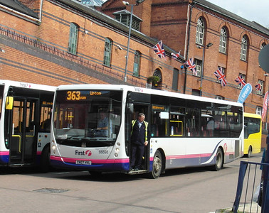 66698 - CN07HVL - Worcester (bus station) - 28.8.12