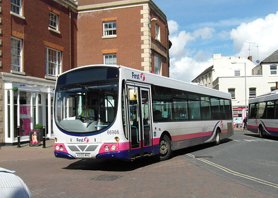 66986 - KX05MHU - Worcester (Angel Place) - 28.8.12