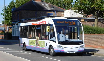 53607 - YJ14BKL - Gosport (South St)