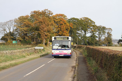 40893 climbs out of Blackness with the two-hourly 49 from Linlithgow to Bo'ness