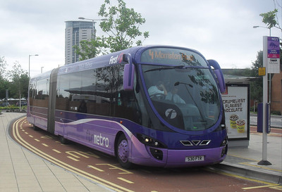 19034 - S30FTR - Swansea (bus station)