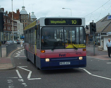 46735 - N635ACF - Weymouth (King's Statue) - 1.6.04