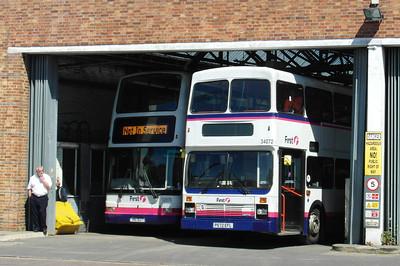 32876 - HIG1527 - Weymouth (depot) - 24.7.12