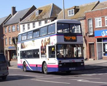 34335 - J135YRM - Bridport (town centre) - 8.4.08