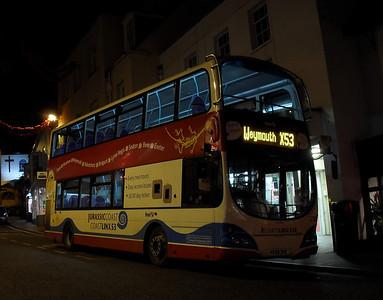 37583 - HX08DHE - Lyme Regis - 27.11.09