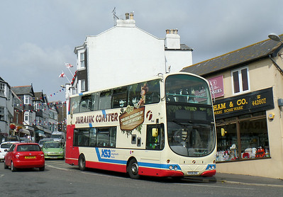 37580 - HX08DHL - Lyme Regis - 26.7.14