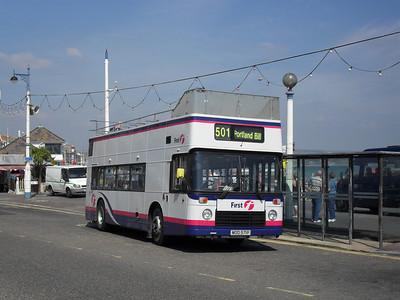 39971 - MOD571P - Weymouth (King's Statue) - 2.9.10