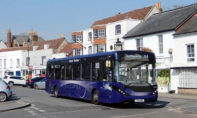67180 - YX66WBV  - Titchfield (square)