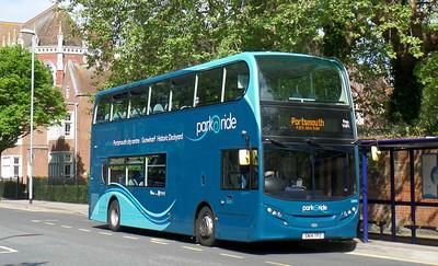 33895 - SN14TPZ - Portsmouth (Bishop Crispian Way)