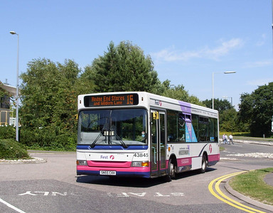 43845 - SN55CXH - Hedge End (superstores) - 24.7.08
