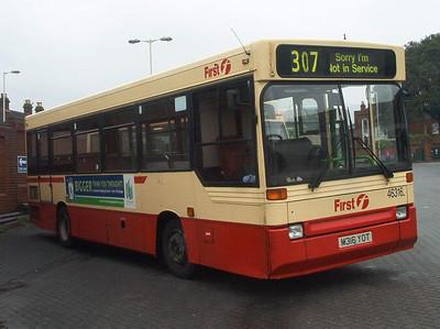 46316 - M316YOT - Fareham (bus station) - 30.4.04