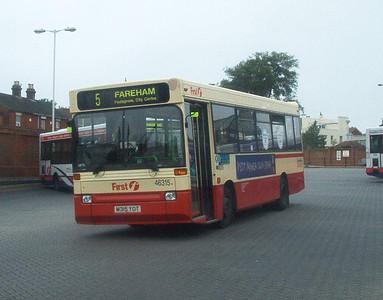 46315 - M315YOT - Fareham (bus station) - 18.7.04
