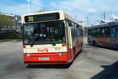 46316 - M316YOT - Gosport (Ferry) - 2.5.04