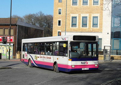 42507 - P407KOW - Southampton (Commercial Road) - 13.1.13