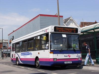 42506 - P406KOW - Portswood (St Denys Rd) - 13.5.08