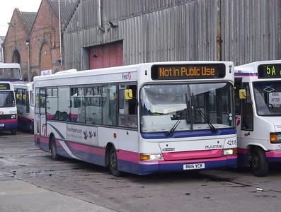 42115 - R615YCR - Hoeford depot - 30.3.08