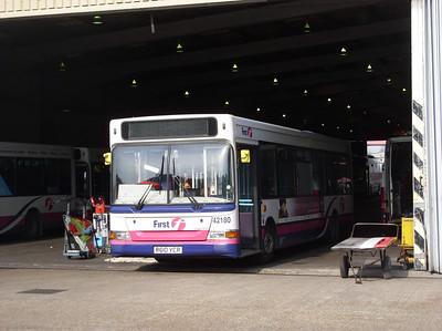 42180 - R610YCR - Portswood depot - 17.3.09