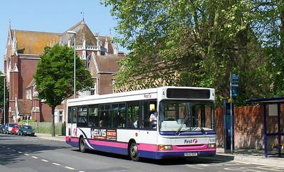 40823 - R643DUS - Portsmouth (Bishop Crispian Way) - 18.5.14