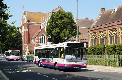 40825 - R645DUS - Portsmouth (Bishop Crispian Way) - 21.7.13