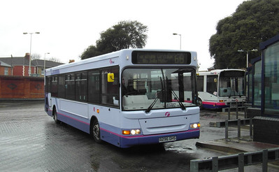 40792 - R296GHS - Fareham (bus station) - 17.3.13