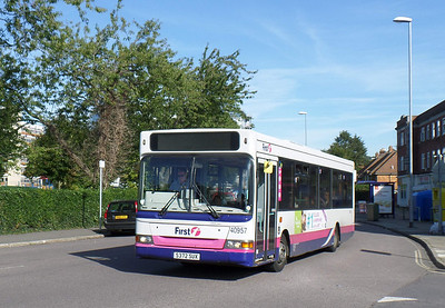 40957 - S372SUX - Cosham (Highbury Buildings) - 6.10.13