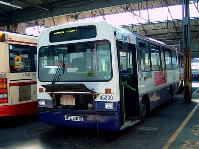 45300 - JDZ2300 - Hoeford depot - 29.8.05