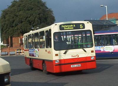 45384 - JDZ2384 - Fareham (bus station) - November 2003
