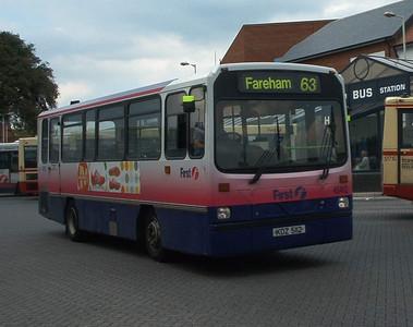 45412 - KDZ5112 - Fareham (bus station) - 21.5.04