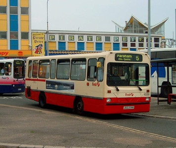 45386 - JDZ2386 - Southsea (Clarence Pier) - 22.7.06