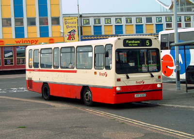45383 - JDZ2383 - Southsea (Clarence Pier) - 8.10.05