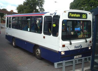 45424 - LDZ9124 - Fareham (bus station) - 9.7.04
