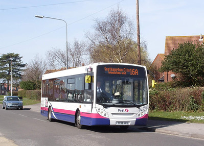 44510 - YX58HWJ - Hamble (Hamble Lane) - 16.3.09