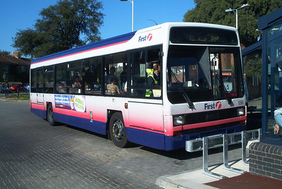 62640 - H640YHT - Fareham (bus station) - September 2003