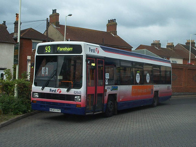 62643 - H643YHT - Fareham (bus station) - 9.7.04