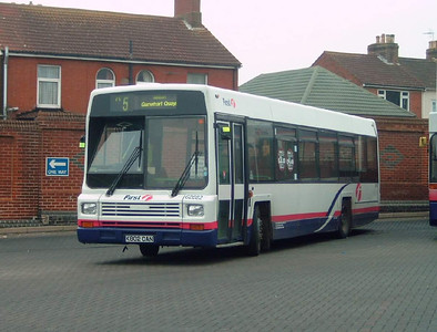 62682 - K802CAN - Fareham (bus station) - 4.2.05