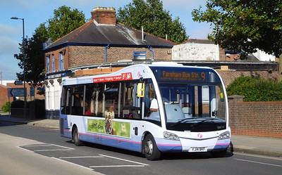 53604 - YJ14BKF - Gosport (South St)