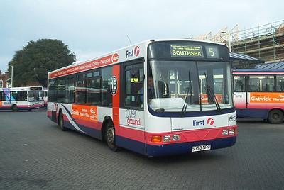 66153 - S353NPO - Fareham (bus station) - 14.2.04