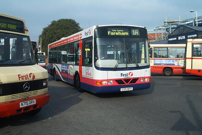 66151 - S351NPO - Fareham (bus station) - Novermber 2003